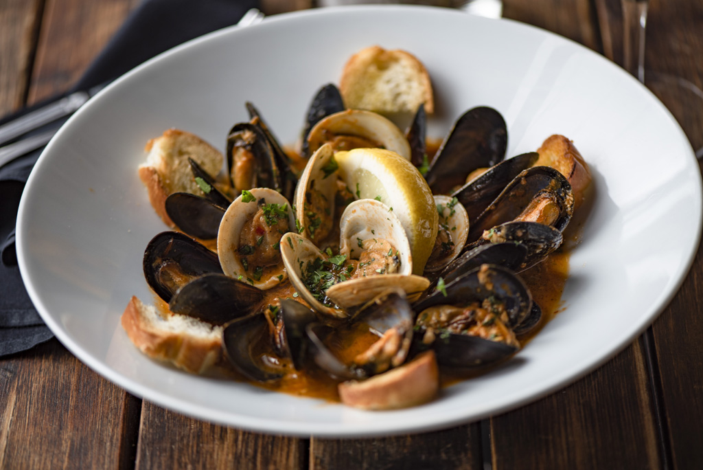 Clams & Mussels